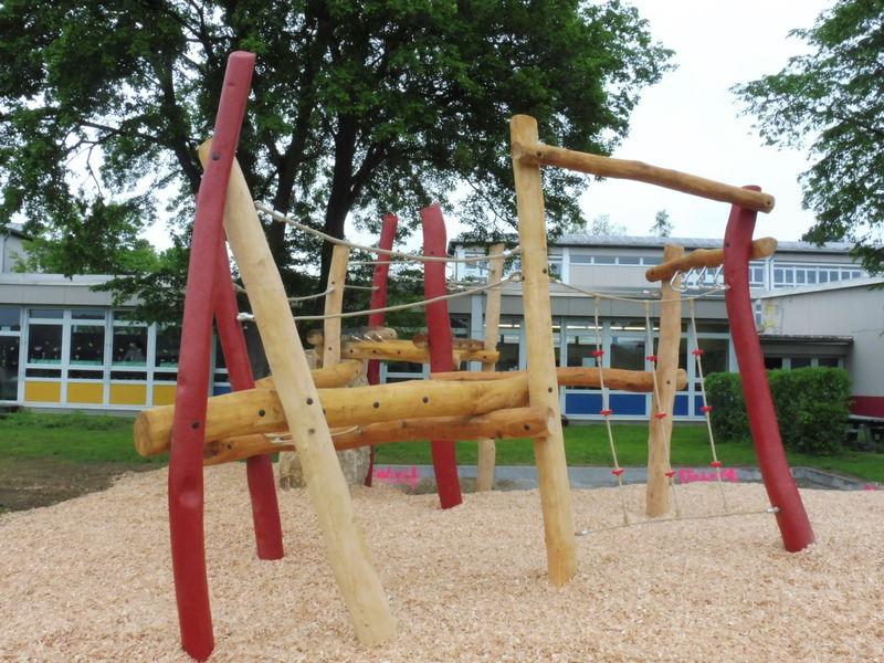 Klettergerüst Turnhalle : Evangelischer kindergarten vitelliuspark wittlich turnhalle